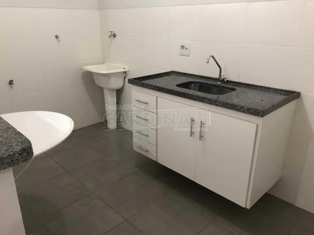 Alugar Apartamento / Padrão em São Carlos R$ 1.056,00 - Foto 11