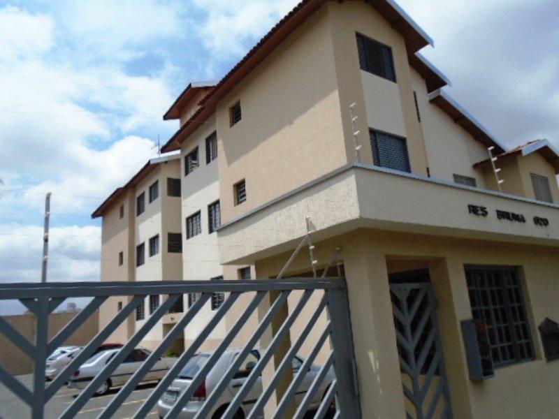 Alugar Apartamento / Padrão em São Carlos R$ 800,00 - Foto 2