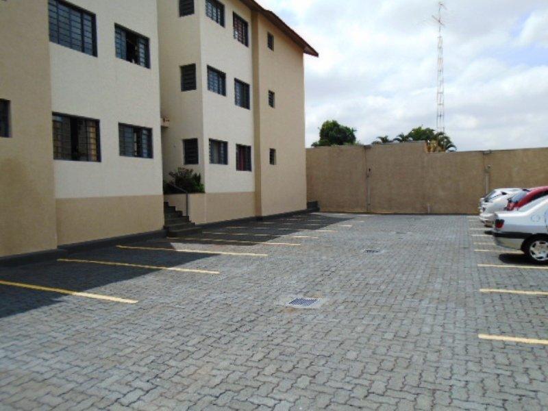 Alugar Apartamento / Padrão em São Carlos R$ 800,00 - Foto 3