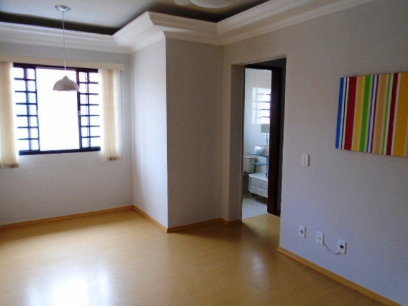 Alugar Apartamento / Padrão em São Carlos R$ 800,00 - Foto 4