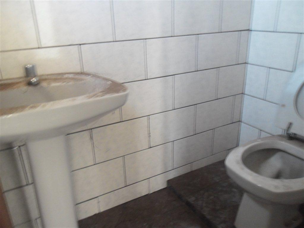 Alugar Comercial / Sala em São Carlos R$ 890,00 - Foto 6
