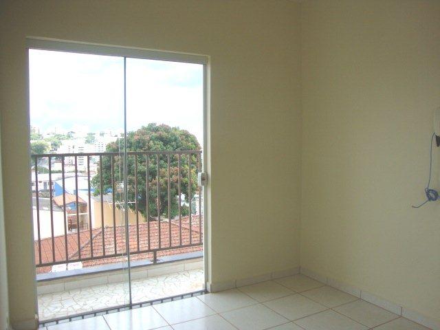 Comprar Apartamento / Padrão em São Carlos R$ 165.000,00 - Foto 2