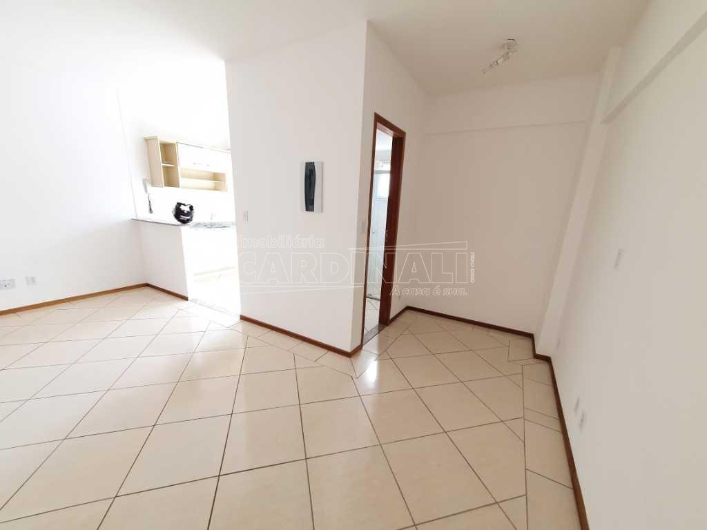 Alugar Apartamento / Padrão em São Carlos R$ 700,00 - Foto 11