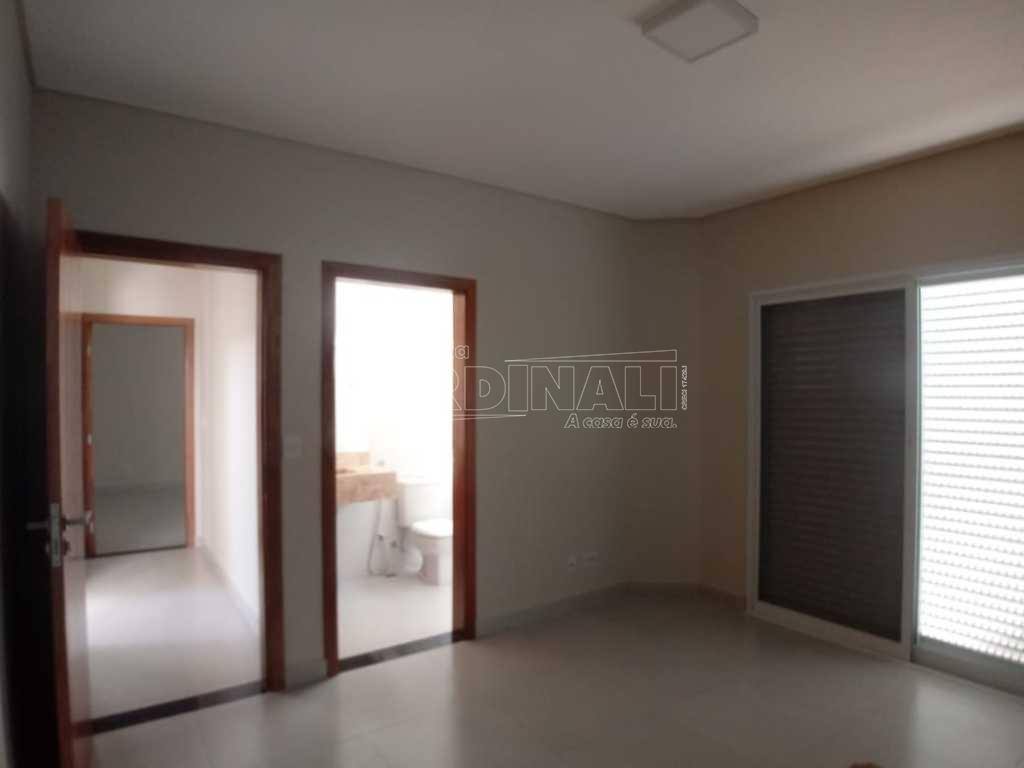 Alugar Casa / Condomínio em São Carlos R$ 6.667,00 - Foto 14