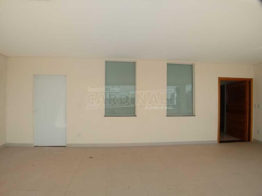 Alugar Casa / Condomínio em São Carlos R$ 6.667,00 - Foto 4