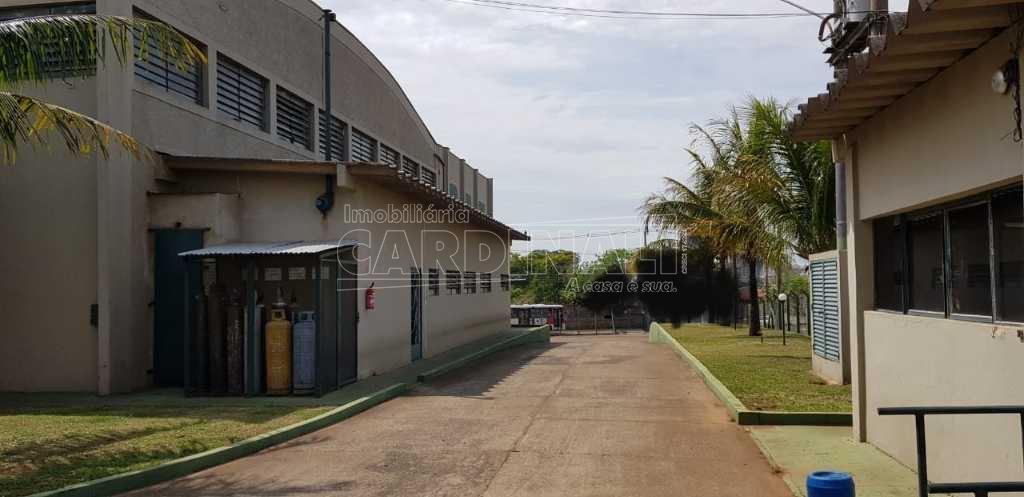 Alugar Comercial / Galpão em São Carlos R$ 25.000,00 - Foto 6
