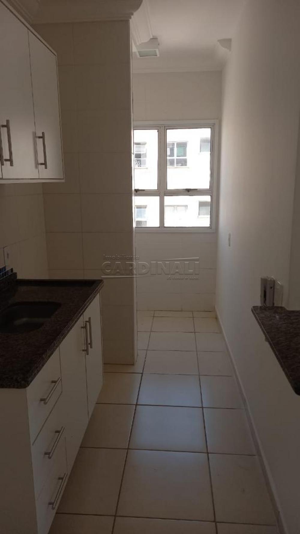Alugar Apartamento / Padrão em São Carlos R$ 920,00 - Foto 17