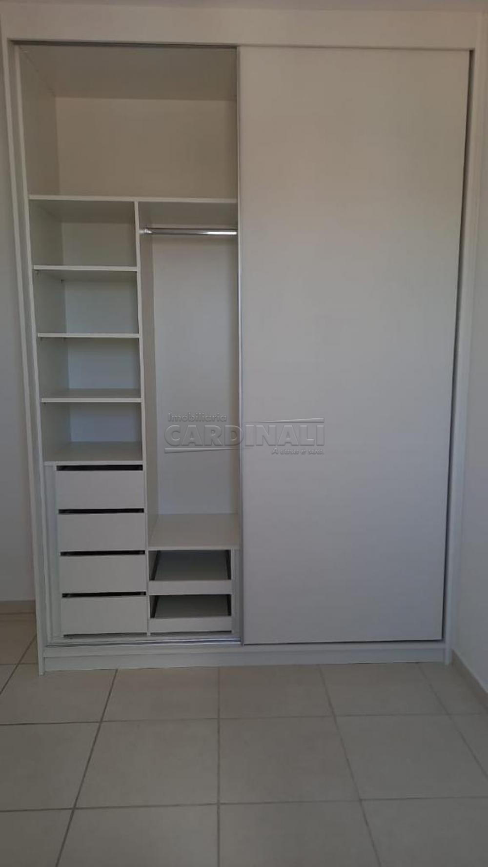 Alugar Apartamento / Padrão em São Carlos R$ 920,00 - Foto 28