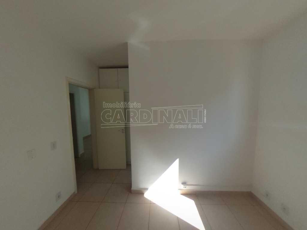Alugar Apartamento / Padrão em São Carlos R$ 900,00 - Foto 5