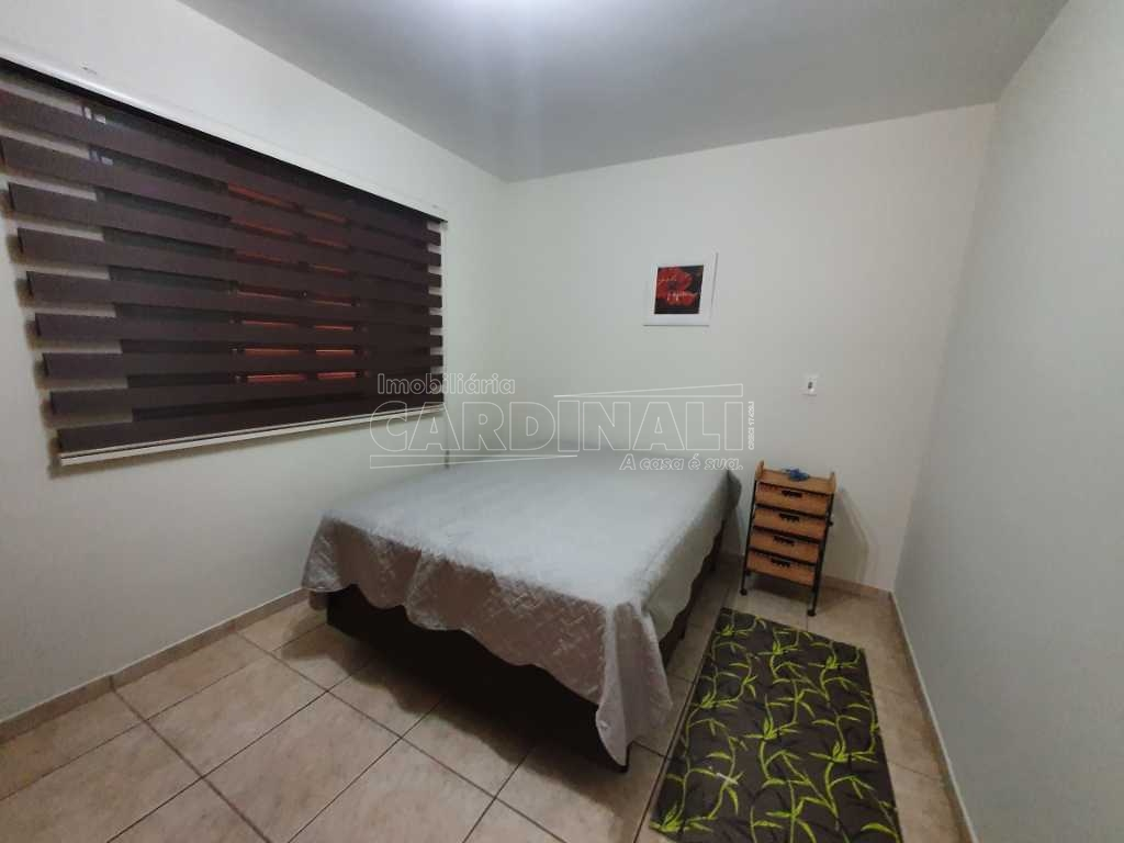 Alugar Apartamento / Padrão em São Carlos R$ 1.300,00 - Foto 3