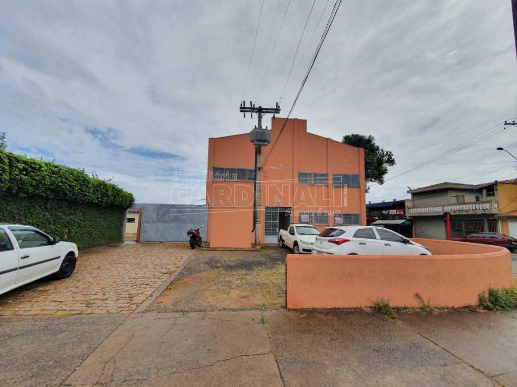 Alugar Comercial / Galpão em São Carlos R$ 5.000,00 - Foto 14