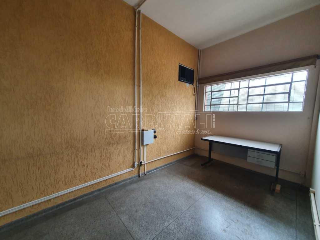 Alugar Comercial / Galpão em São Carlos R$ 5.000,00 - Foto 24