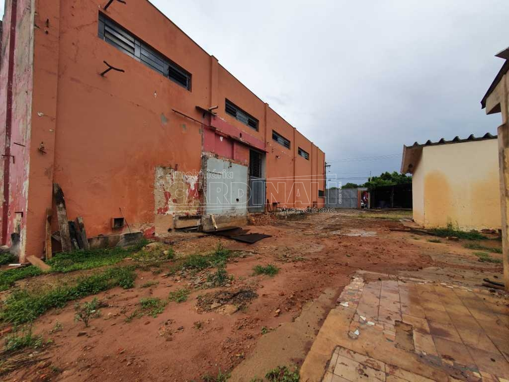 Alugar Comercial / Galpão em São Carlos R$ 5.000,00 - Foto 29