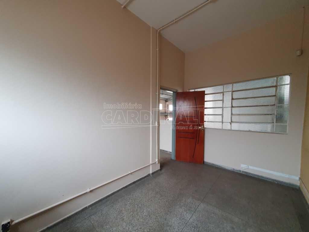 Alugar Comercial / Galpão em São Carlos R$ 5.000,00 - Foto 32