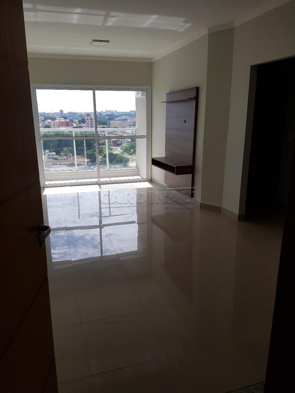 Alugar Apartamento / Padrão em São Carlos R$ 2.112,00 - Foto 3