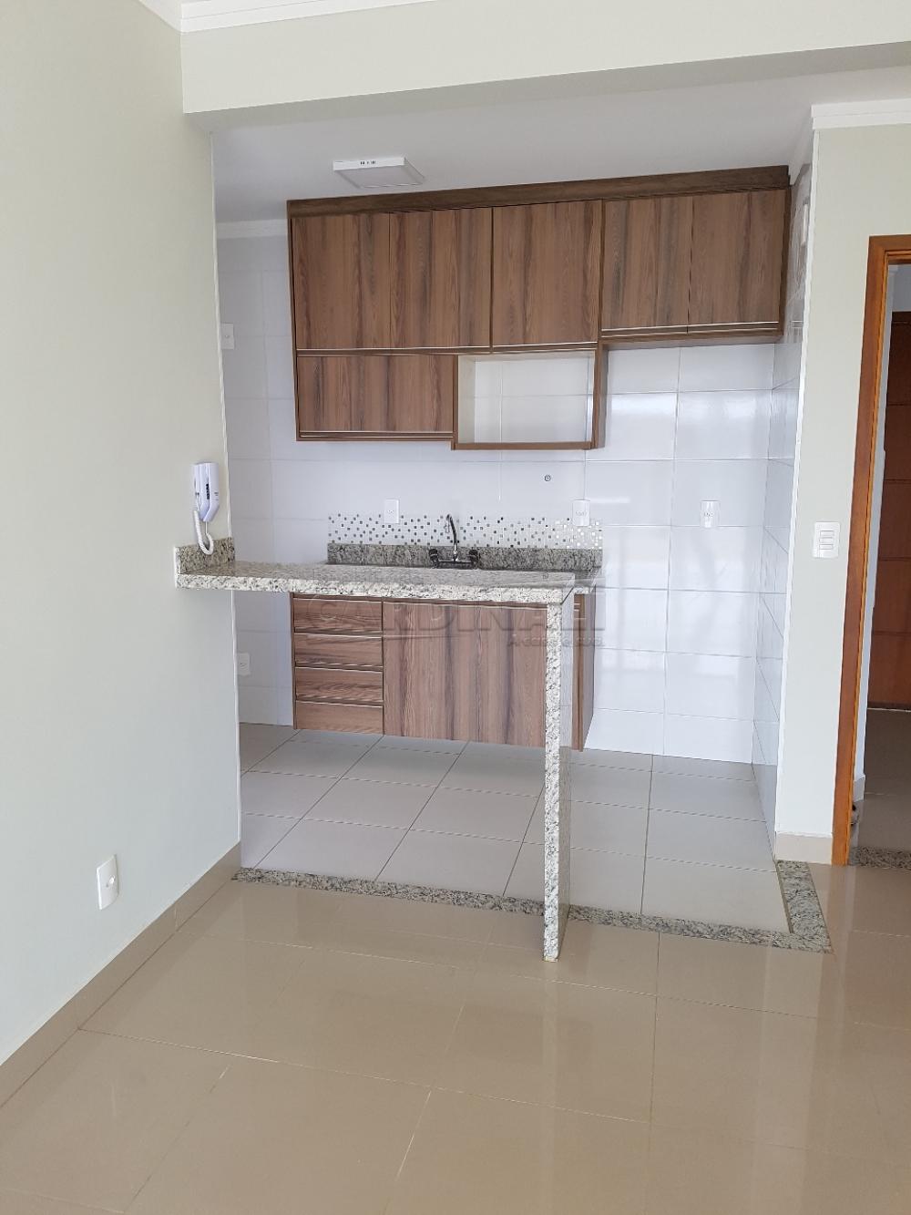Alugar Apartamento / Padrão em São Carlos R$ 2.112,00 - Foto 7