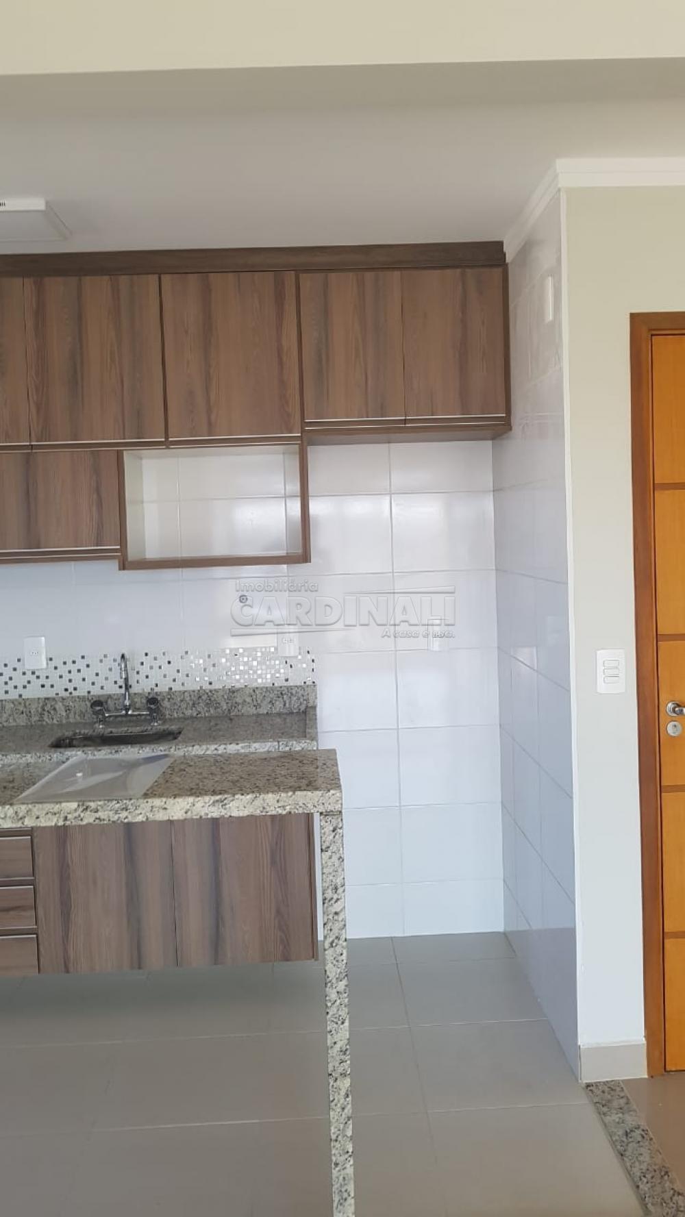 Alugar Apartamento / Padrão em São Carlos R$ 2.112,00 - Foto 8