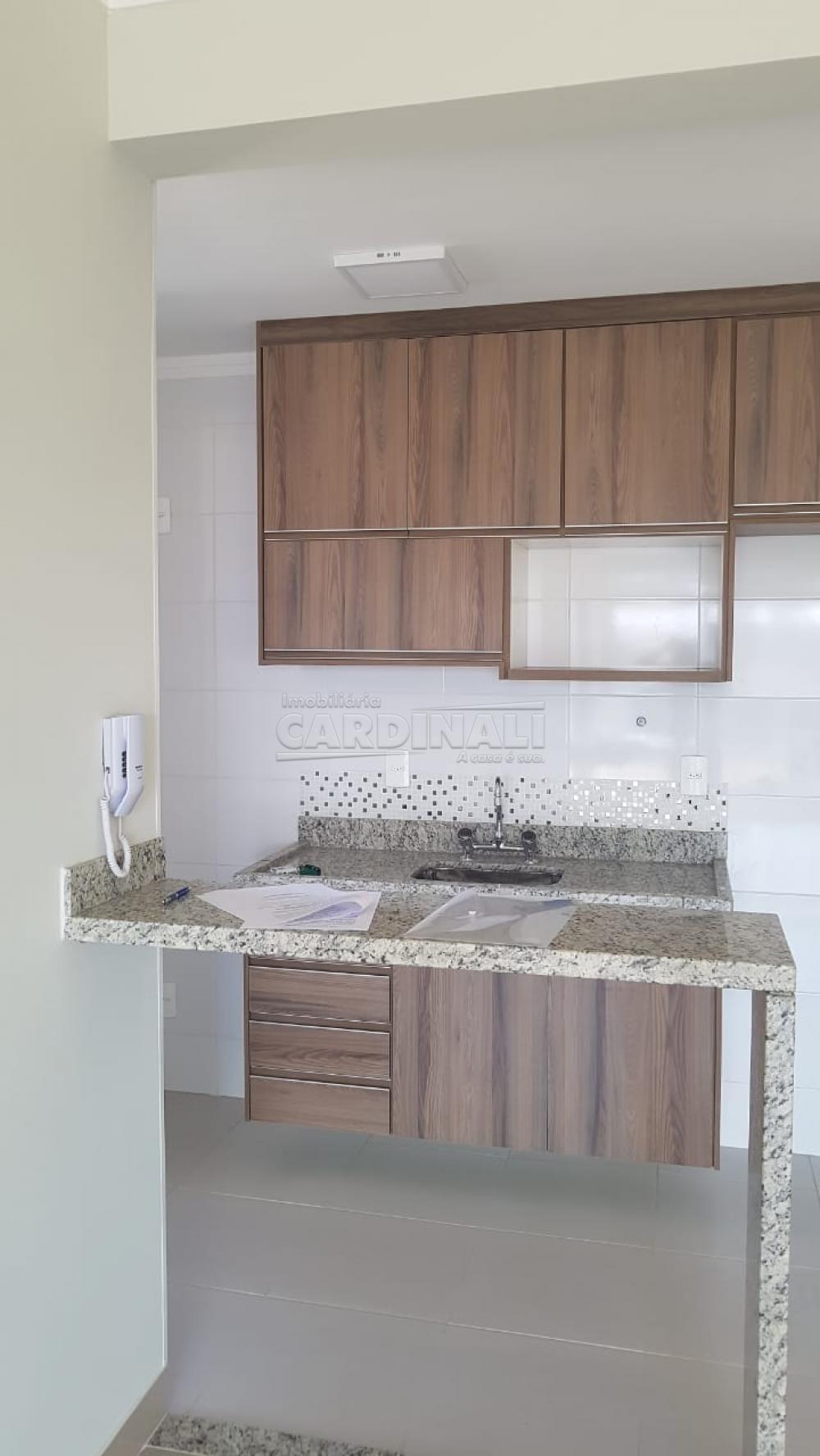 Alugar Apartamento / Padrão em São Carlos R$ 2.112,00 - Foto 9