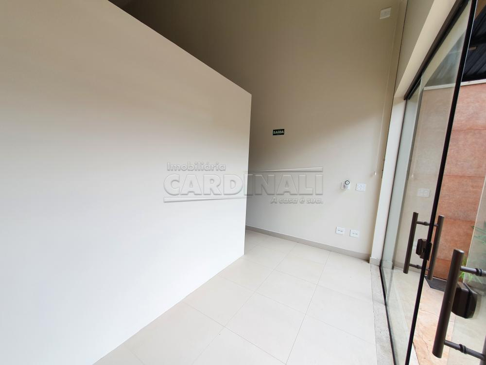 Alugar Comercial / Sala sem Condomínio em São Carlos R$ 6.900,00 - Foto 3
