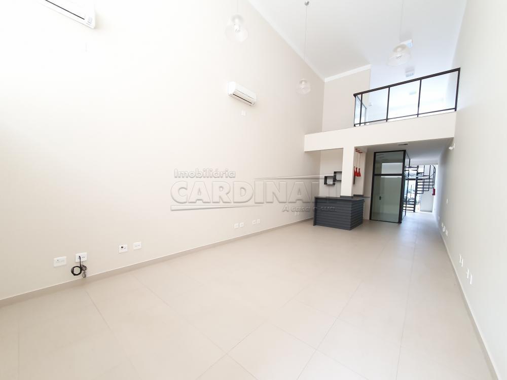 Alugar Comercial / Sala sem Condomínio em São Carlos R$ 6.900,00 - Foto 4