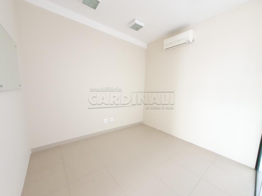 Alugar Comercial / Sala sem Condomínio em São Carlos R$ 6.900,00 - Foto 12