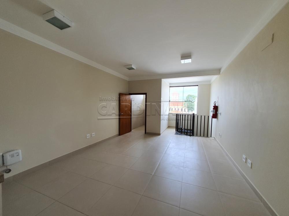 Alugar Comercial / Sala sem Condomínio em São Carlos R$ 6.900,00 - Foto 17