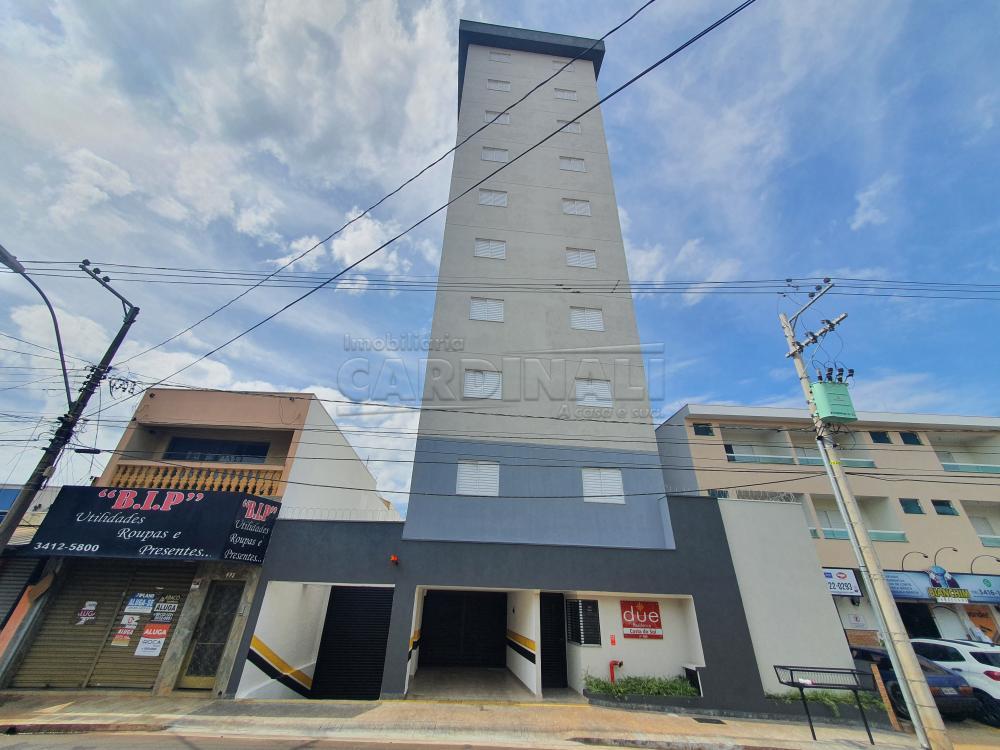 Alugar Apartamento / Padrão em São Carlos R$ 1.480,00 - Foto 1