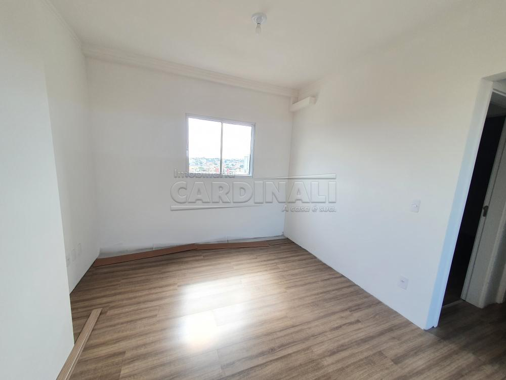 Alugar Apartamento / Padrão em São Carlos R$ 1.480,00 - Foto 11