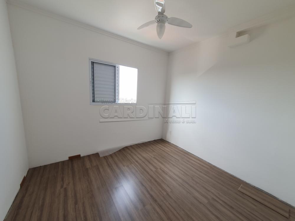 Alugar Apartamento / Padrão em São Carlos R$ 1.480,00 - Foto 15