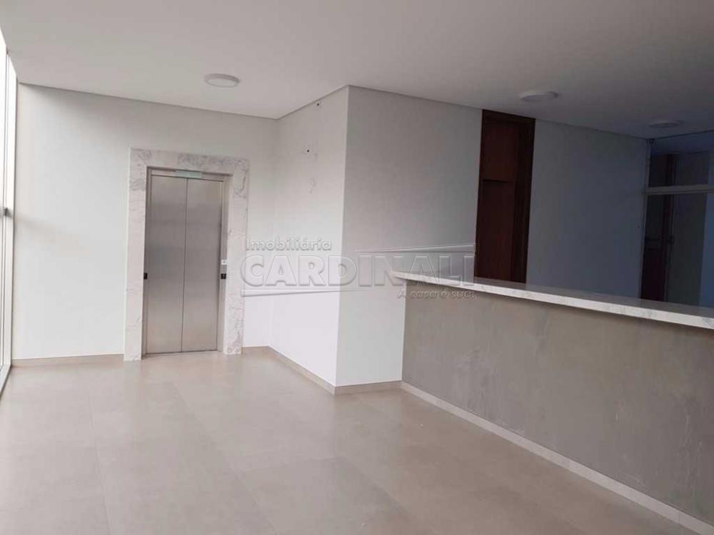 Alugar Comercial / Sala / Salão com Condomínio em São Carlos R$ 980,00 - Foto 7