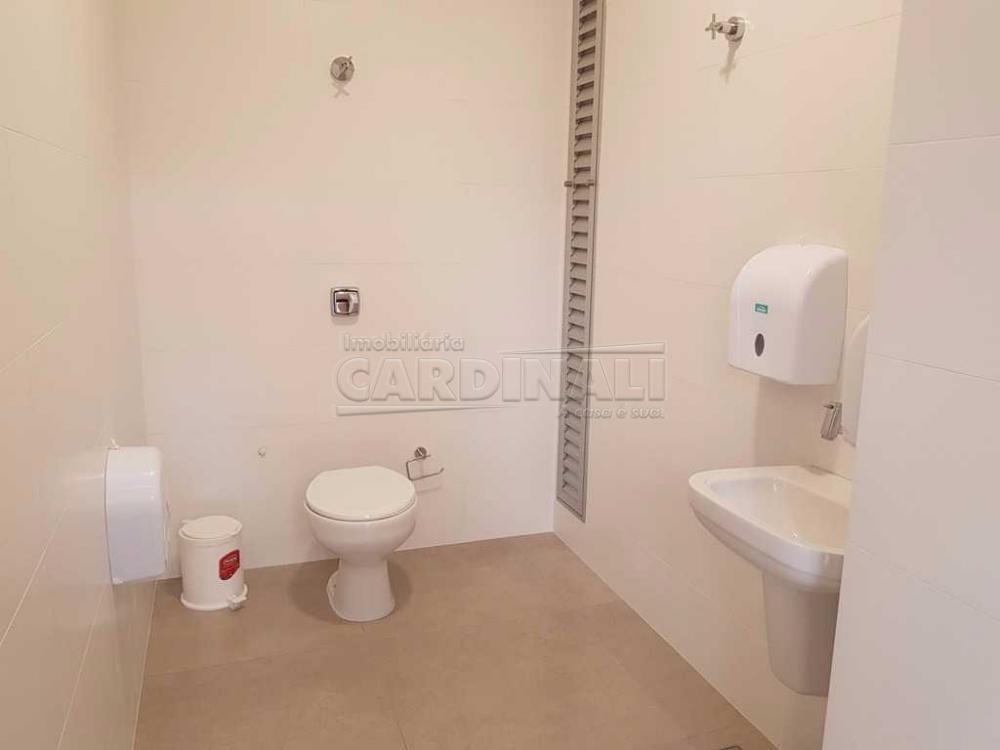 Alugar Comercial / Sala / Salão com Condomínio em São Carlos R$ 980,00 - Foto 11