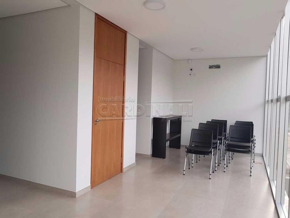 Alugar Comercial / Sala / Salão com Condomínio em São Carlos R$ 980,00 - Foto 8