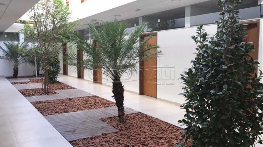Alugar Comercial / Sala / Salão com Condomínio em São Carlos R$ 980,00 - Foto 14