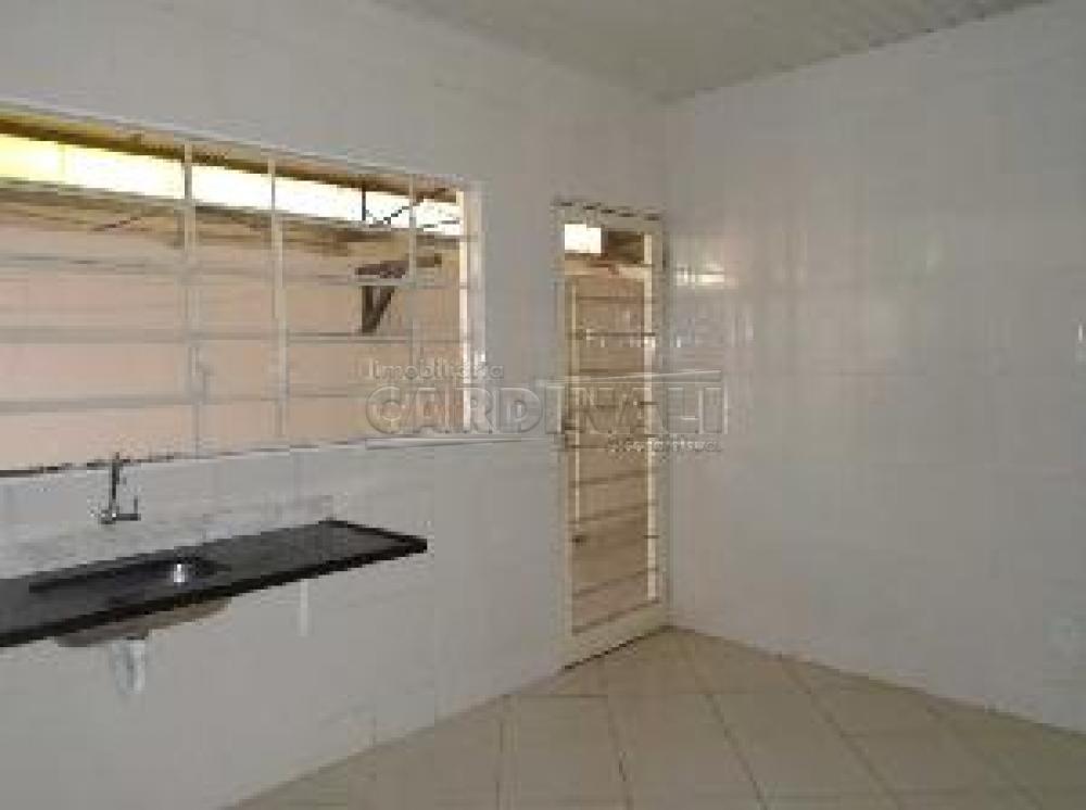 Alugar Comercial / Galpão em São Carlos R$ 2.223,00 - Foto 8