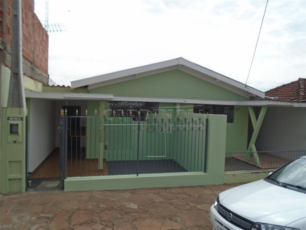 Alugar Casa / Padrão em São Carlos apenas R$ 726,00 - Foto 1