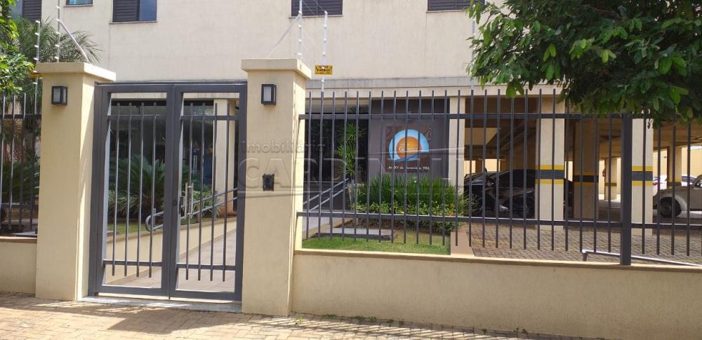 Alugar Apartamento / Padrão em Araraquara R$ 1.000,00 - Foto 1