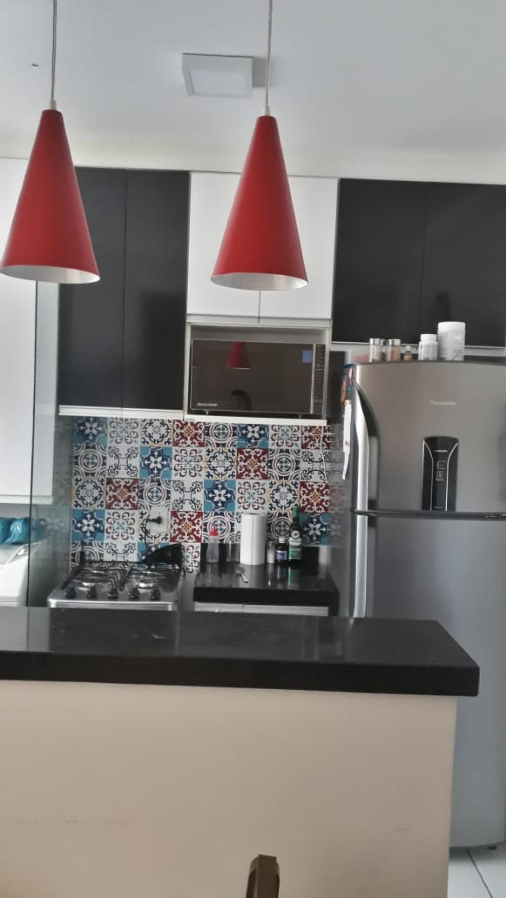 Comprar Apartamento / Padrão em Araraquara R$ 170.000,00 - Foto 3