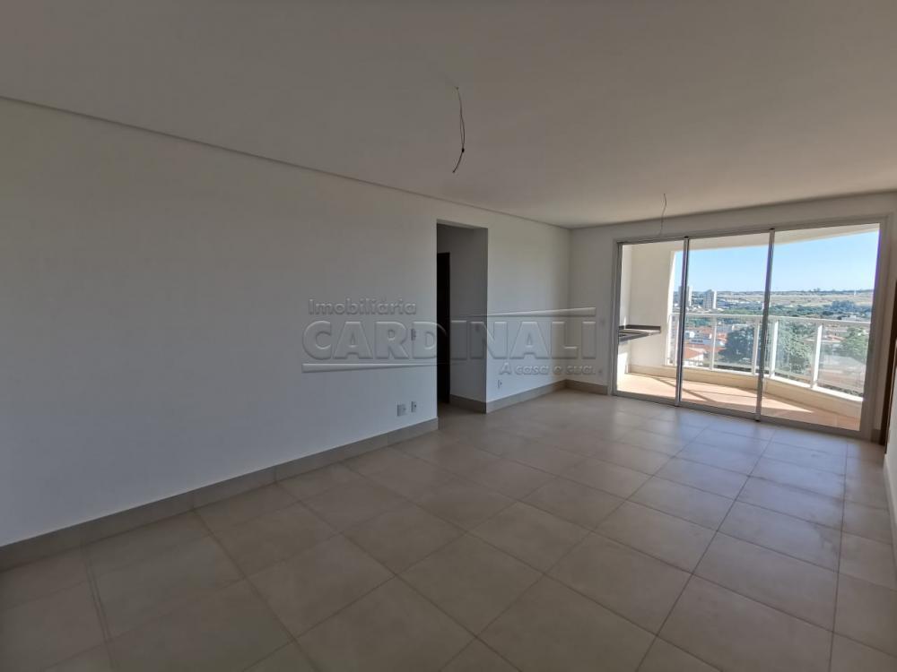 Alugar Apartamento / Padrão em Araraquara R$ 2.800,00 - Foto 1