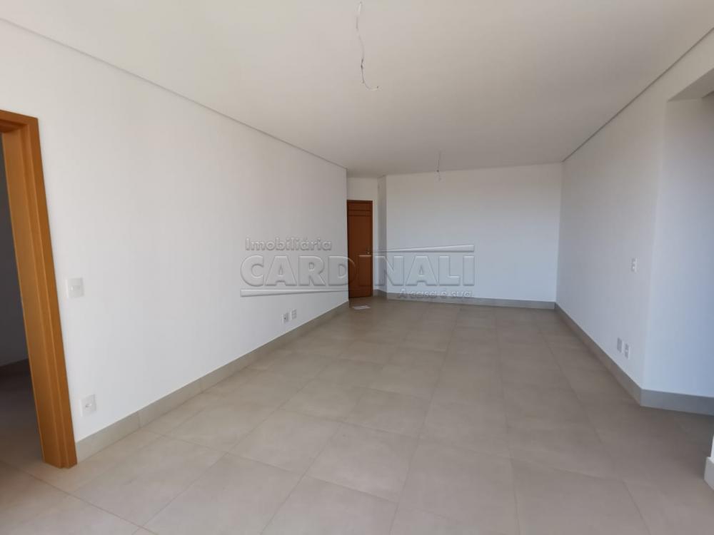 Alugar Apartamento / Padrão em Araraquara R$ 2.800,00 - Foto 2