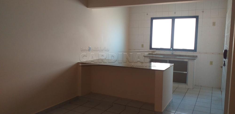 Alugar Apartamento / Padrão em Araraquara R$ 950,00 - Foto 2