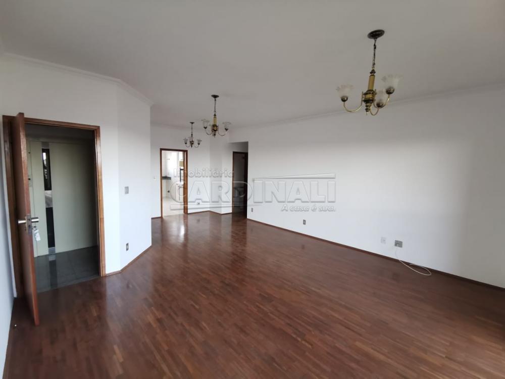 Alugar Apartamento / Padrão em Araraquara R$ 1.500,00 - Foto 2