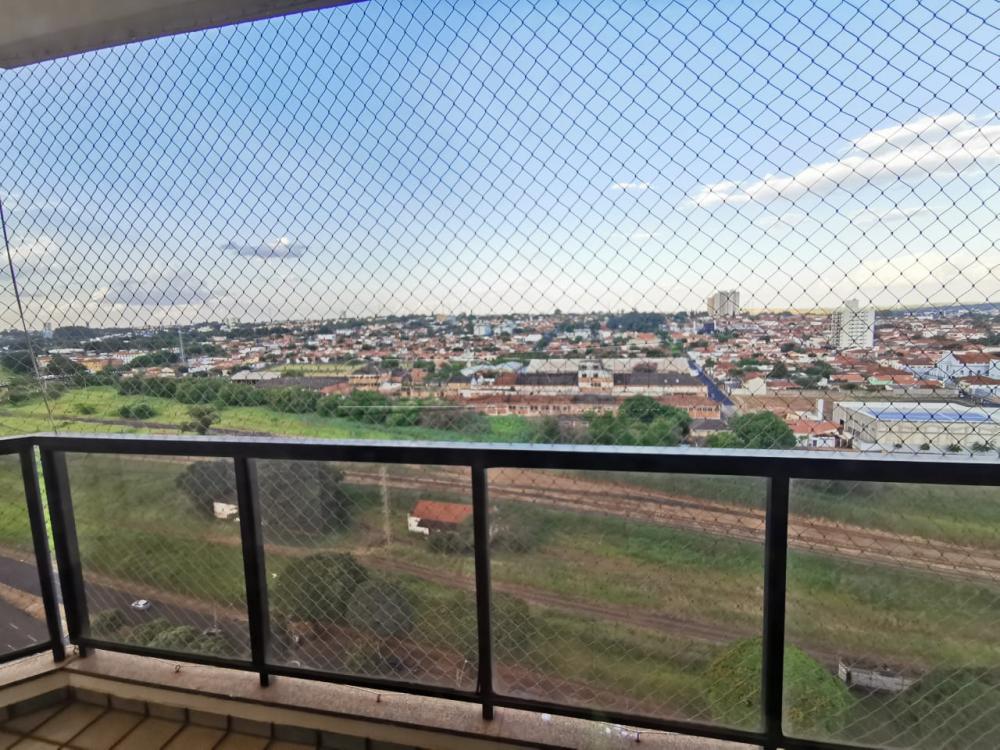 Alugar Apartamento / Padrão em Araraquara R$ 1.500,00 - Foto 3