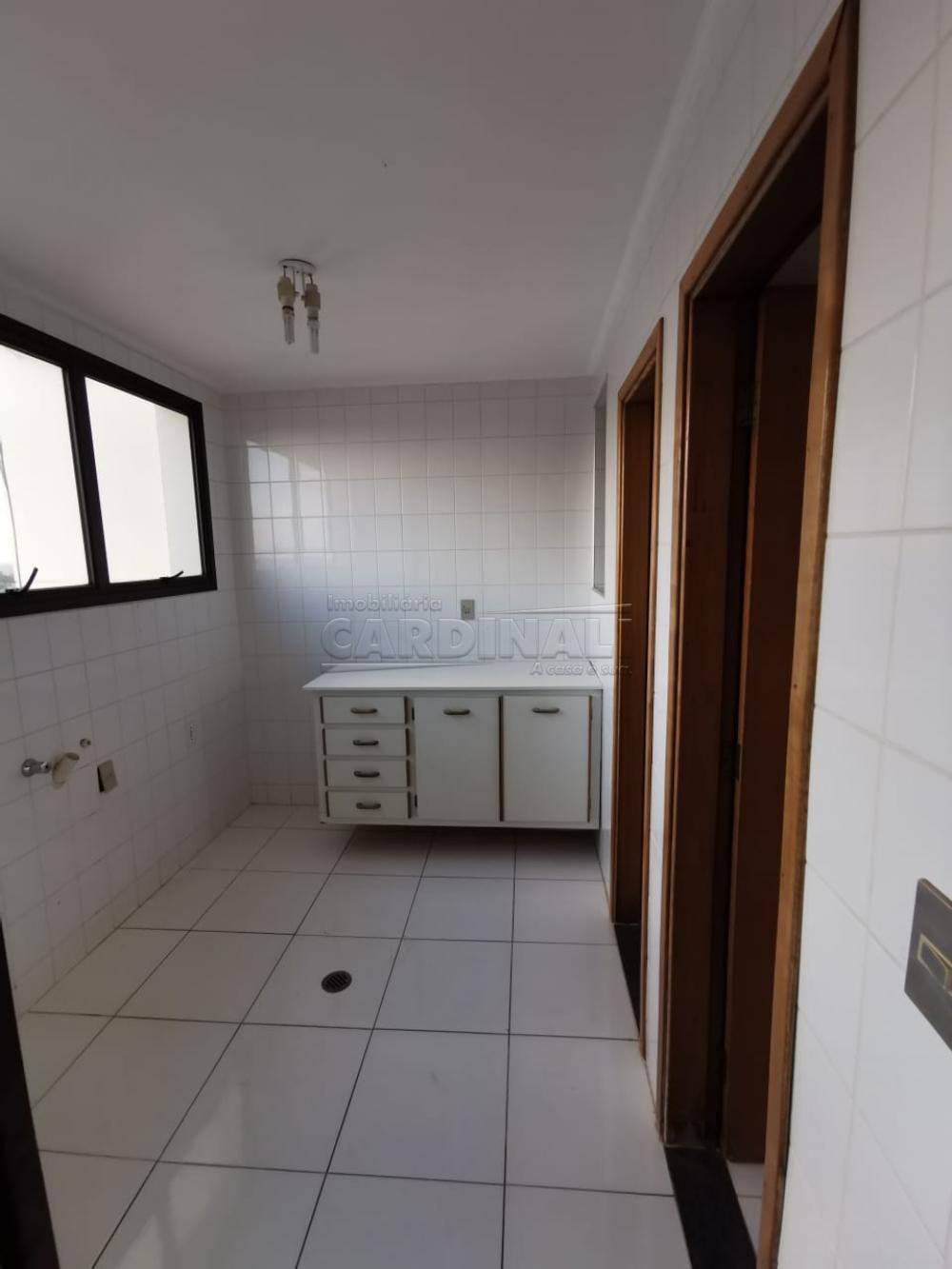 Alugar Apartamento / Padrão em Araraquara R$ 1.500,00 - Foto 5