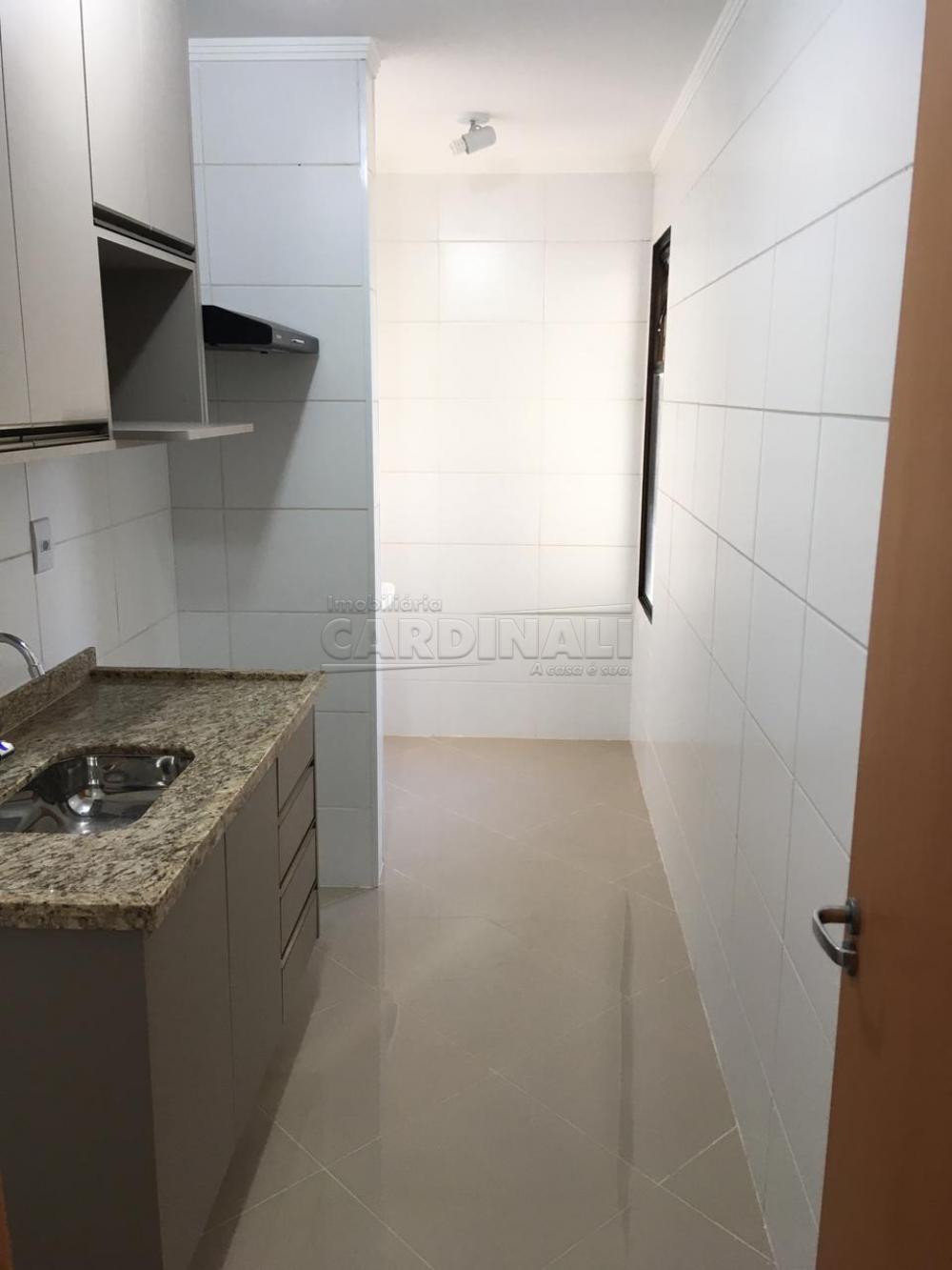 Alugar Apartamento / Padrão em São Carlos R$ 1.000,00 - Foto 20