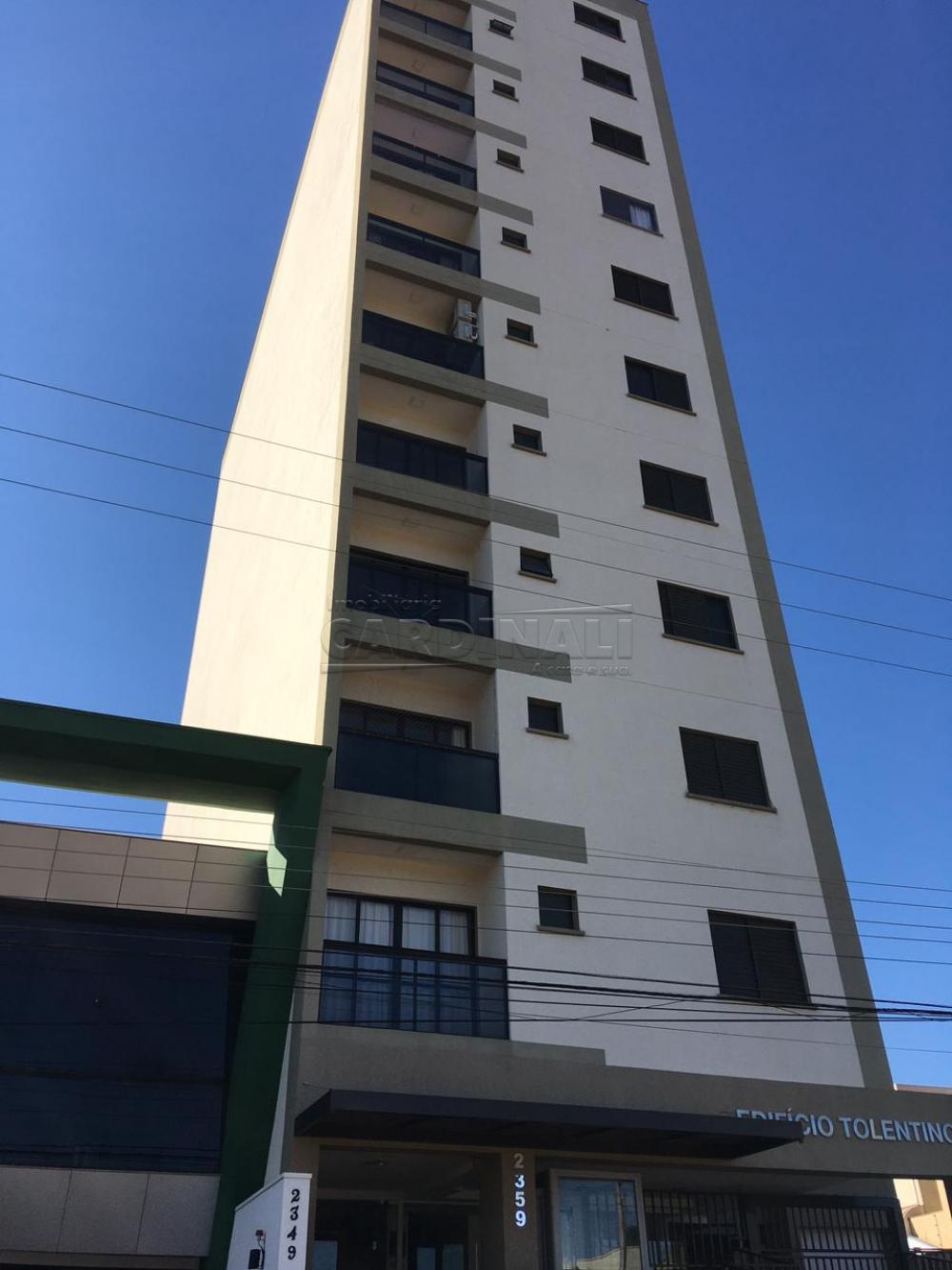 Alugar Apartamento / Padrão em São Carlos R$ 1.000,00 - Foto 1