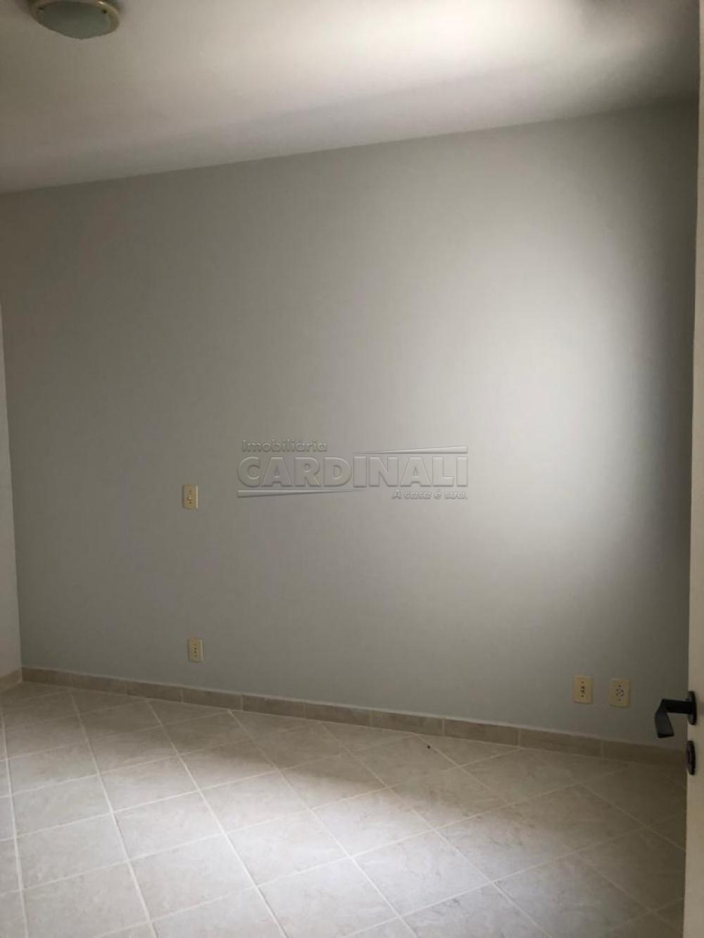 Alugar Apartamento / Padrão em São Carlos R$ 1.334,00 - Foto 10