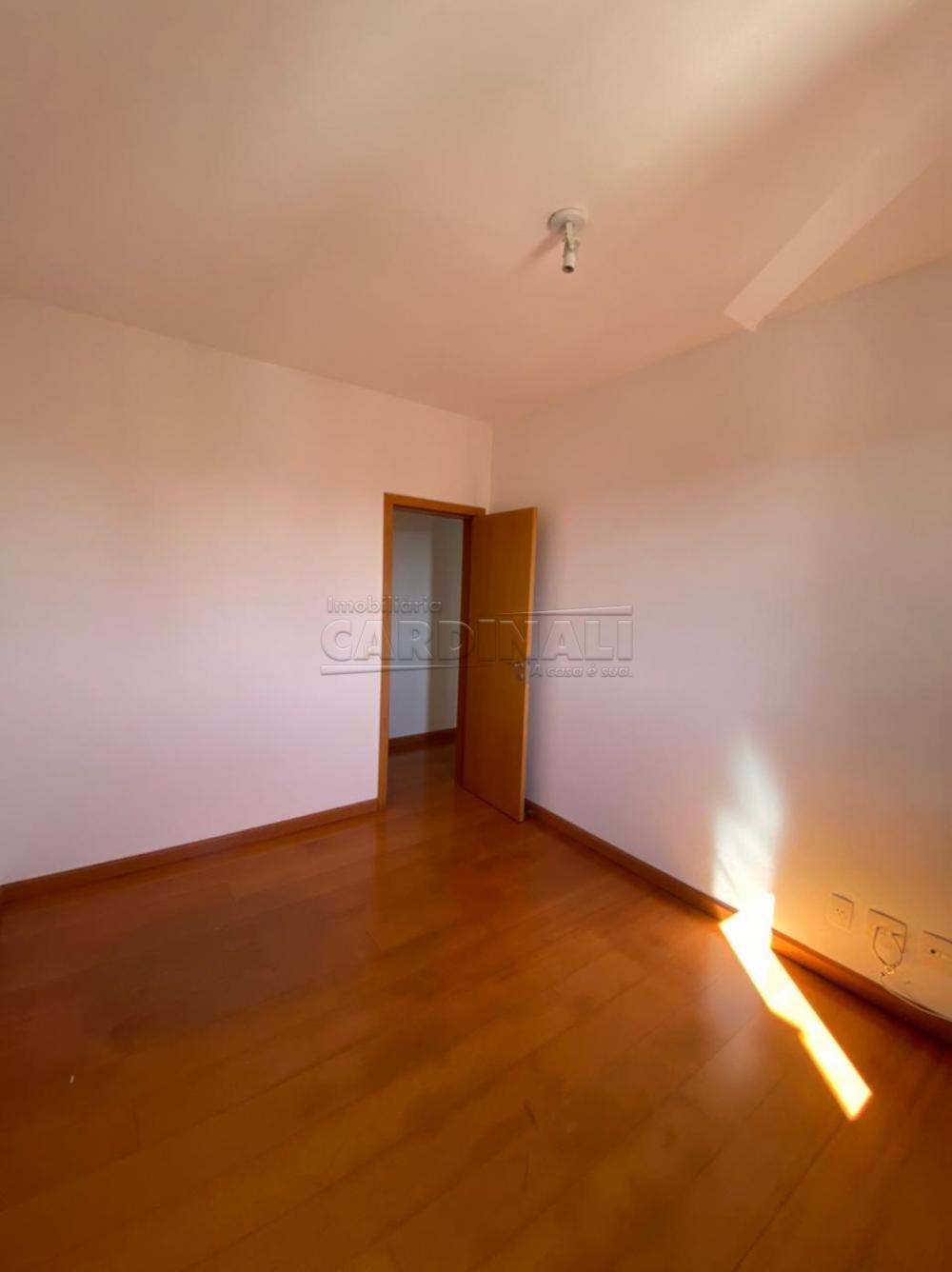 Alugar Apartamento / Padrão em São Carlos R$ 1.778,00 - Foto 5