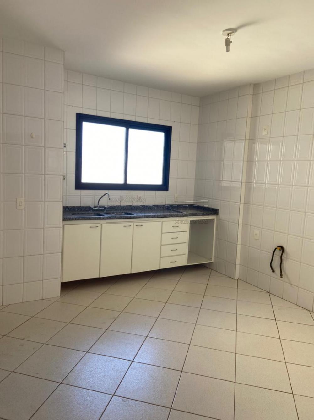 Alugar Apartamento / Padrão em São Carlos R$ 1.778,00 - Foto 14