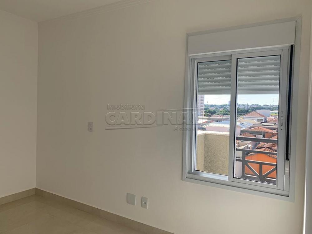 Comprar Apartamento / Padrão em Araraquara R$ 420.000,00 - Foto 2