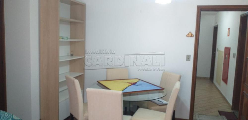 Alugar Apartamento / Padrão em Araraquara R$ 1.300,00 - Foto 4